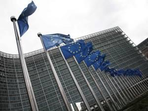 L'UE assouplit les restrictions de voyage pour les États-Unis et sept autres pays