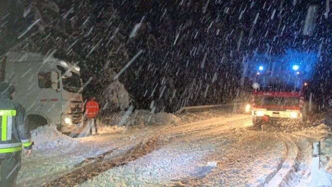 Noodweer gijzelt Noord-Italië: overvloedig veel sneeuw in de Alpen, extreme overstromingen in Venetië