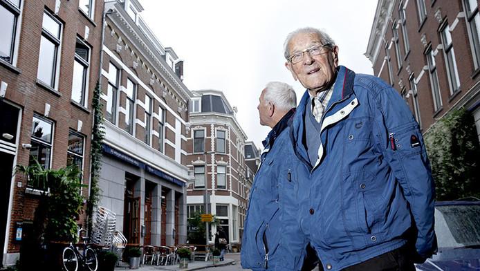 De Belgische Rotterdammer Ed Janssens terug bij zijn geboortehuis aan de Molenwaterweg