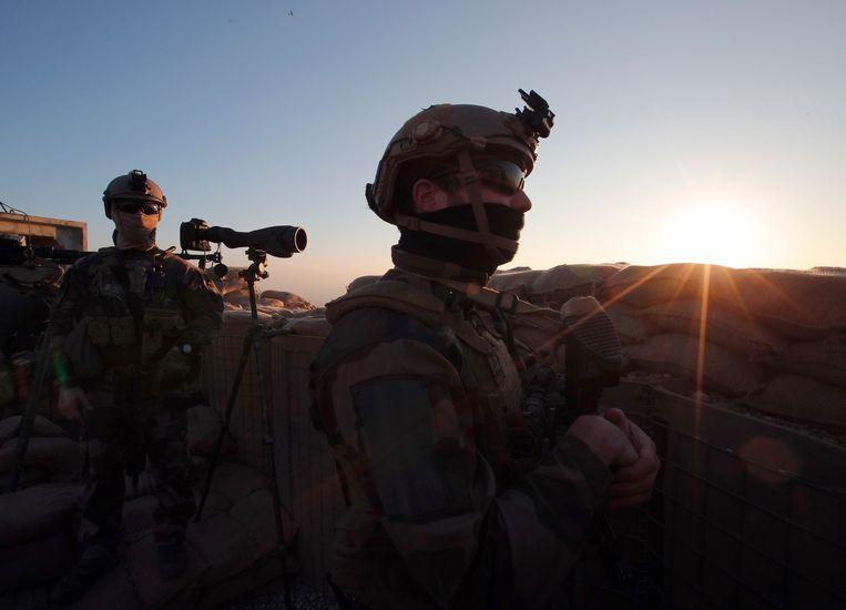 Franse soldaten vlakbij Mosoel.  Beeld AFP