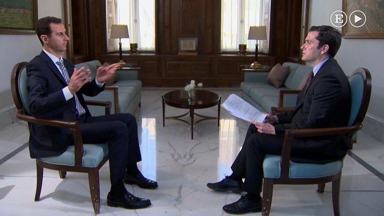 President Assad in gesprek met een journalist van El Pais. Beeld AP