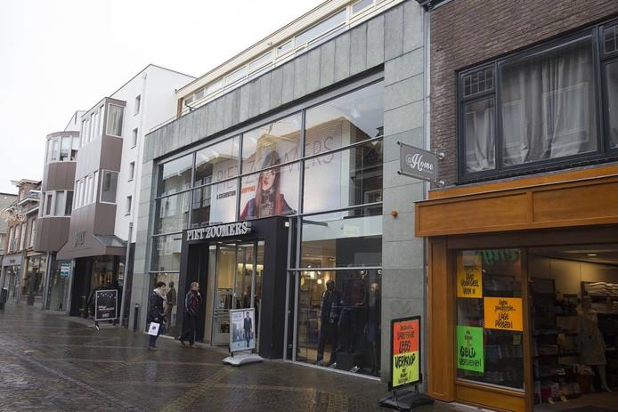 Piet Zoomers sluit 31 december in Doetinchem.