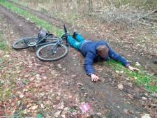 Fietsende Nederlander aangehouden bij grens Belarus: boete en toegangsverbod van vijf jaar