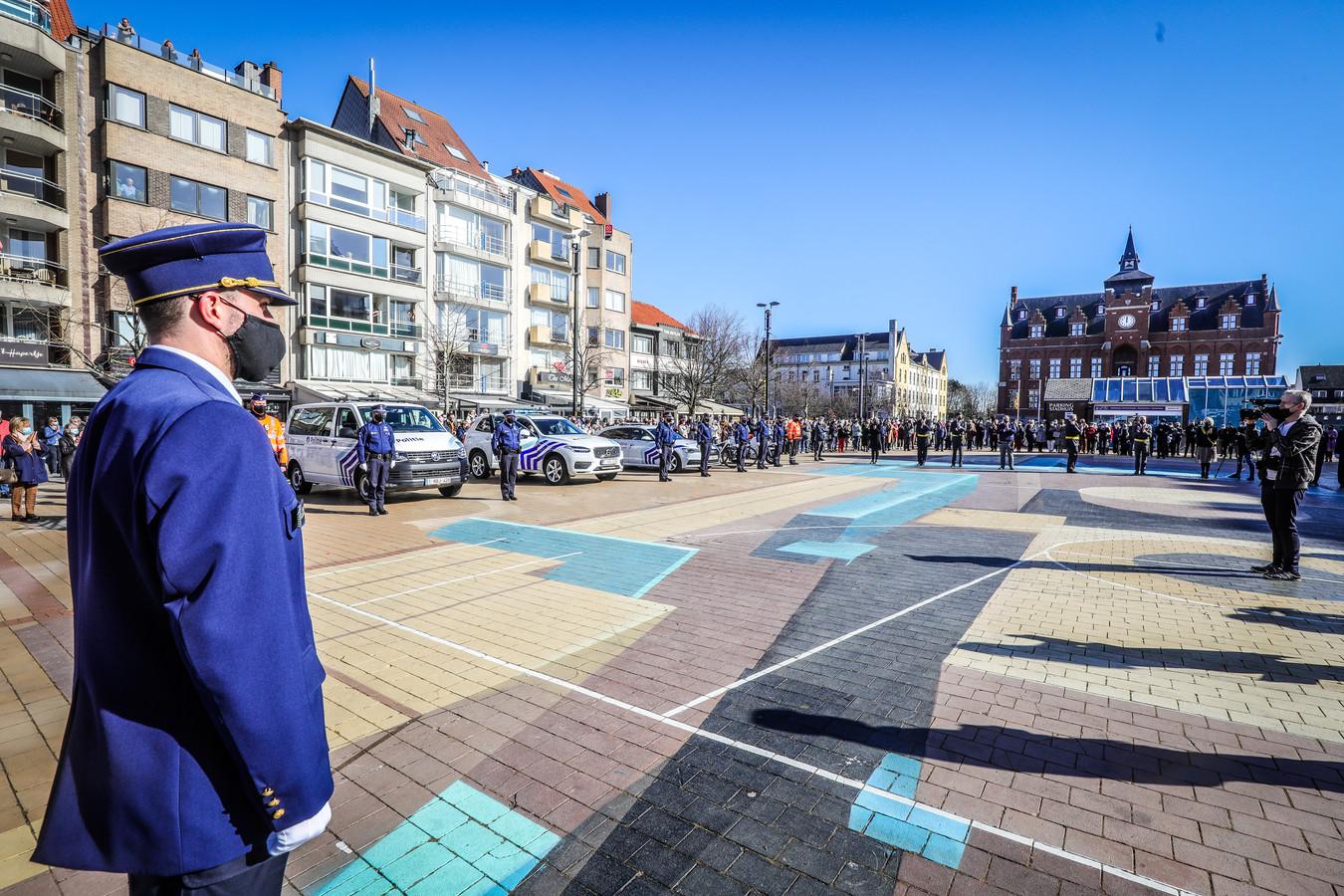 Om 12 uur werd in Knokke 1 minuut stilte gehouden voor het overlijden van Burgemeester Leopold Lippens.