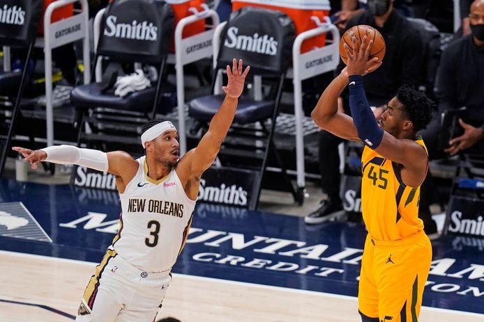 Donovan Mitchell (45) zorgde voor 28 punten namens Utah Jazz.