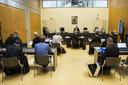 Overzicht van de zittingszaal aan het begin van de zitting in de rechtbank. Vitesse heeft een kort geding aangespannen tegen de eigenaar van GelreDome.