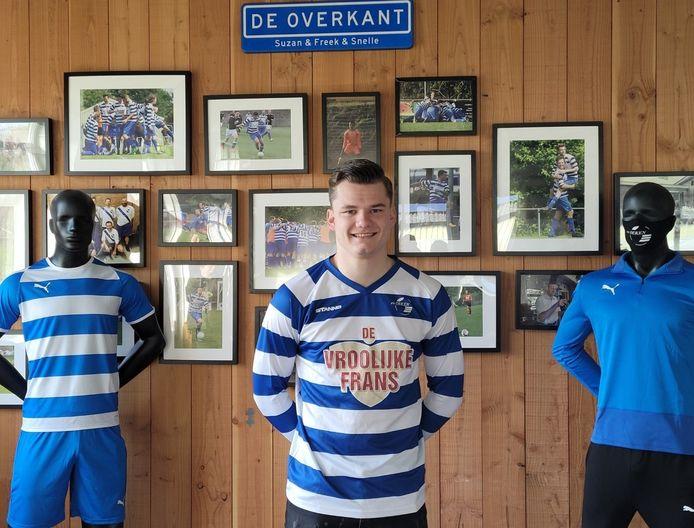 David Koopmans in zijn nieuwe shirt van Oeken.