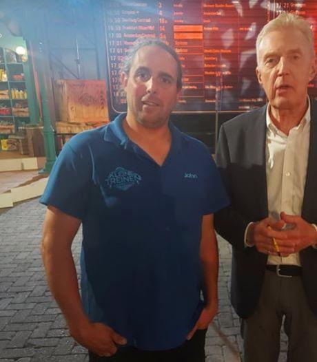 John (43) doet mee aan tv-programma voor beste modeltreinbouwer van Nederland: 'Het was echt slopend'