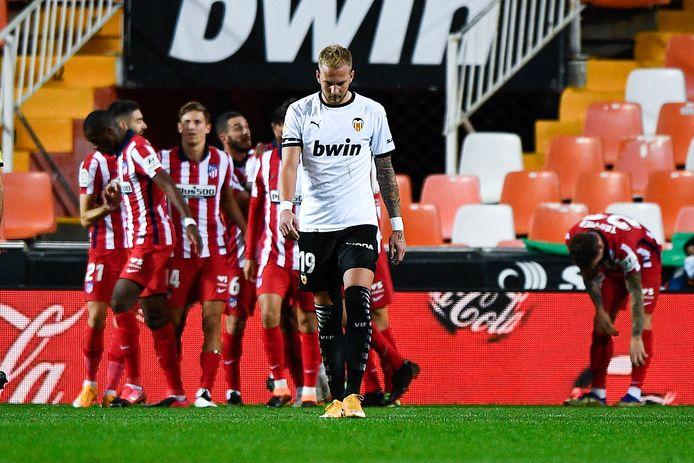 Atlético viert de enige goal van de wedstrijd.