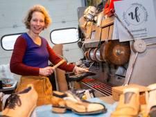 'Verbazingwekkend wat je soms nog van oude schoenen kunt maken'