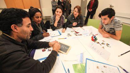 Meer dan 5.000 mensen wachten op inburgeringscursus door  herstructurering