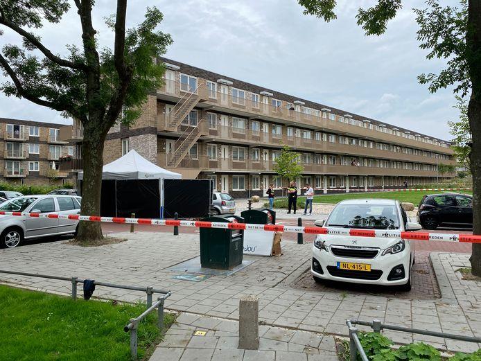 Bij Parnassia in Den Haag werd maandag 12 juli een beveiliger neergeschoten.