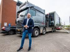 In deze truck kun je precies zien hoe veel mensen er nú in Hoog Catharijne of de Markthal lopen