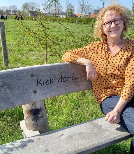 'Paedje' en zitbanken voor Henk Eikholt