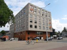Na bijna twintig jaar staat er iets moois op 'lelijkste plek van Wageningen'