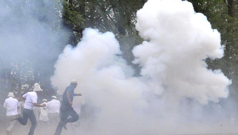 Veiligheidstroepen verhinderden oppositieleider Baryktassov en zijn aanhangers de toegang tot de hoofdstad. Beeld UNKNOWN