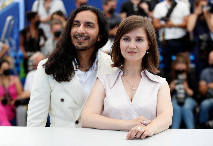 Regisseur Teodora Ana Mihai en schrijver Habacuc Antonio De Rosario bij de première van 'La Civil' in Cannes