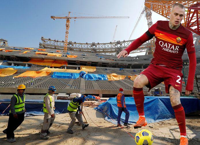 Qatar blijft bouwen aan nieuwe stadions. Inzet: Rick Karsdorp als speler van AS Roma, dat gesponsord wordt door de luchtvaartmaatschappij.