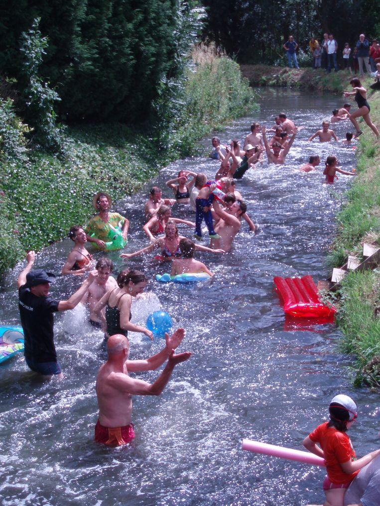Archief : De laatste Big Jump in de Molenbeek.