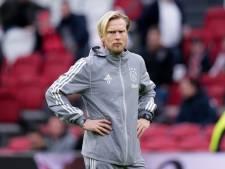 Ajax stuurt assistent Poulsen vanwege coronavirus preventief naar huis