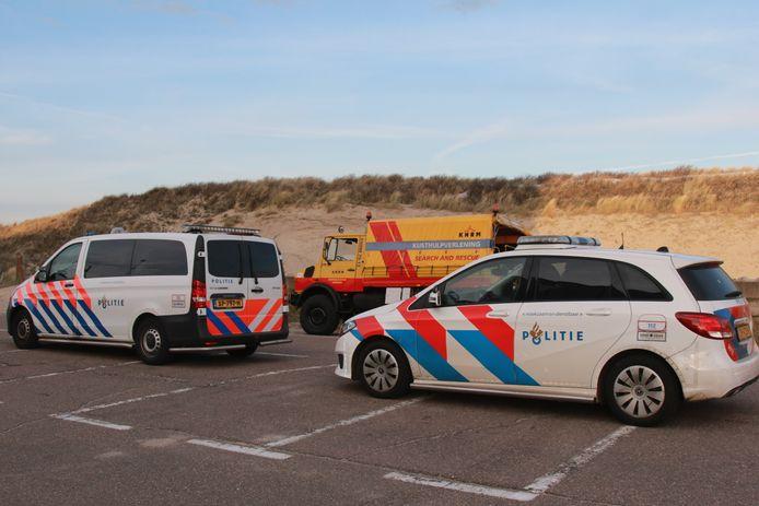 In de omgeving van Strandafslag 12 op Scheveningen werd vanochtend een overleden persoon aangetroffen.