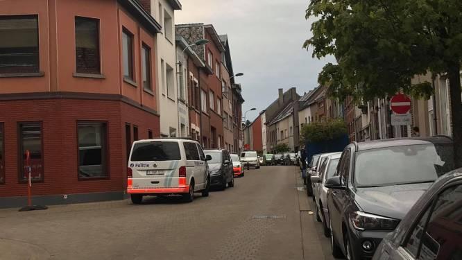 Politie arresteert man die gewapend met mes in stad ronddwaalt