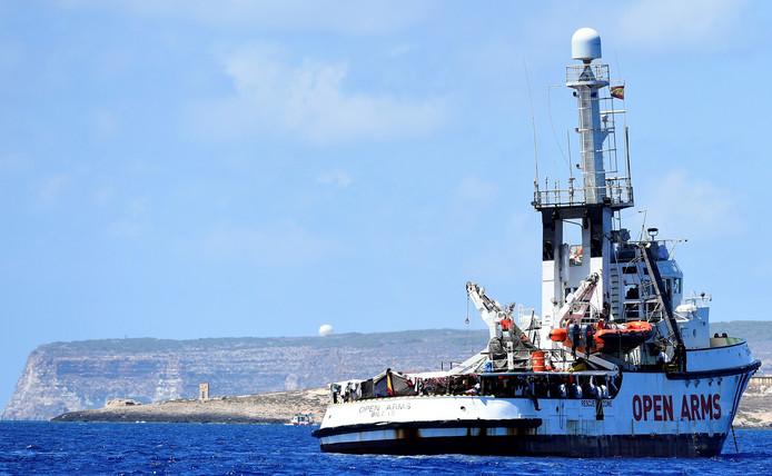 Le navire espagnol Open Arms avait jeté l'ancre au large de Lampedusa