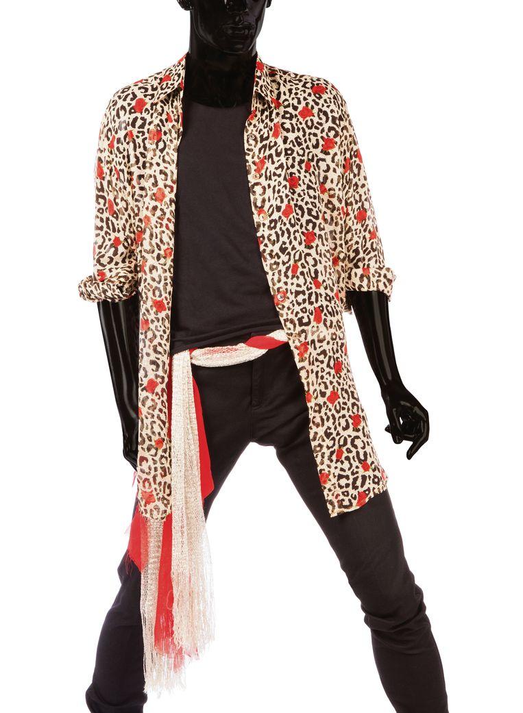 Zijden hemd van Keith Richards, ontworpen door Joanie Char, 1997-1998. Beeld