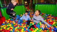 'Nonkel' Sam De Bruyn trekt met Finn en Rowen naar speeltuin