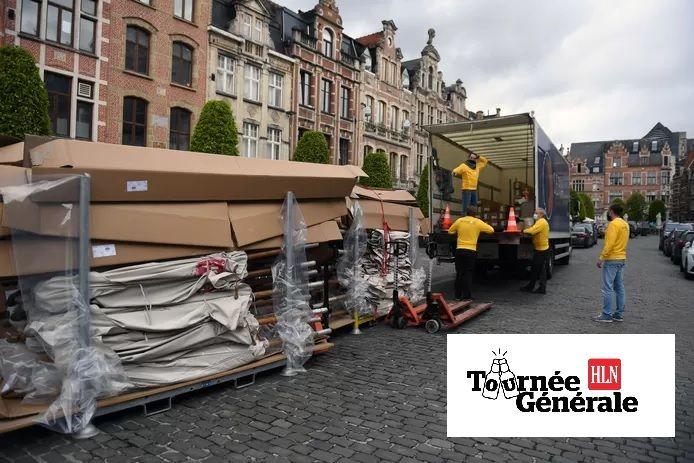 De Oude Markt in Leuven kreeg al nieuwe parasols cadeau maar ook andere pleinen en straten worden niet vergeten door AB InBev.