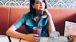 """""""Ik twijfel constant aan alles wat ik bereikt heb"""": YouTube-ster Zoella lijdt net zoals 7 op de 10 vrouwen aan het oplichterssyndroom"""