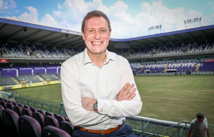 Anderlecht-CEO Karel Van Eetvelt in het Lotto Park.