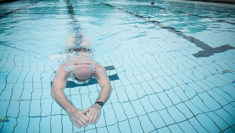 De stijgende kosten van zwembaden maken het steeds moeilijker voor zwemclubs. Beeld Mats van Soolingen