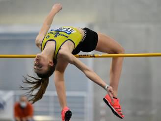 Merel Maes (16) kroont zich tot Belgisch kampioene hoogspringen met sprong over 1m91