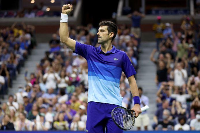 Novak Djokovic file en quarts de finale de l'US Open.