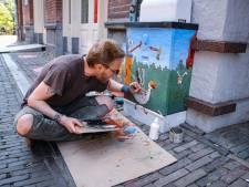Kunstenaars beschilderen elektriciteitskastjes in Utrecht: 'Van kastje naar canvasje'