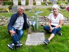 Ron en Irma verloren half jaar oude dochtertje: 'Fijne gedachte dat ze met twee andere kindjes in graf ligt'