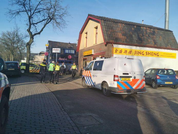 De steekpartij vond plaats nabij restaurant Jing Sheng aan de Zwolseweg in Apeldoorn.