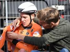 Wereldkampioen Ellen van Dijk beet haar nagels stuk in de hot seat: 'Dat uur was zenuwslopend'