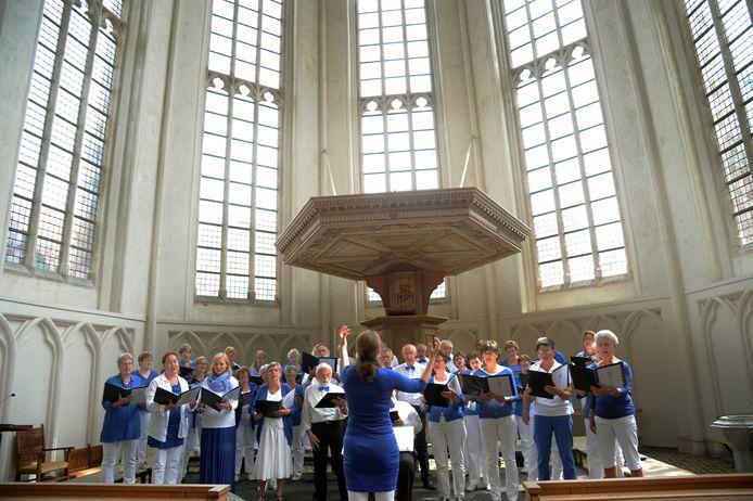 Koor Vox Jubilans uit Waddinxveen tijdens VÓLkoren in 2017. foto Lex de Meester