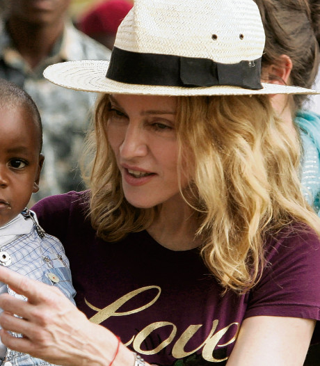 Madonna wil voetbalacademie in Malawi
