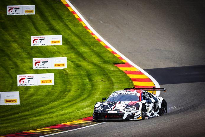 De Audi R8 LMS GT3 van Dries Vanthoor tijdens de oefenritten in Spa.