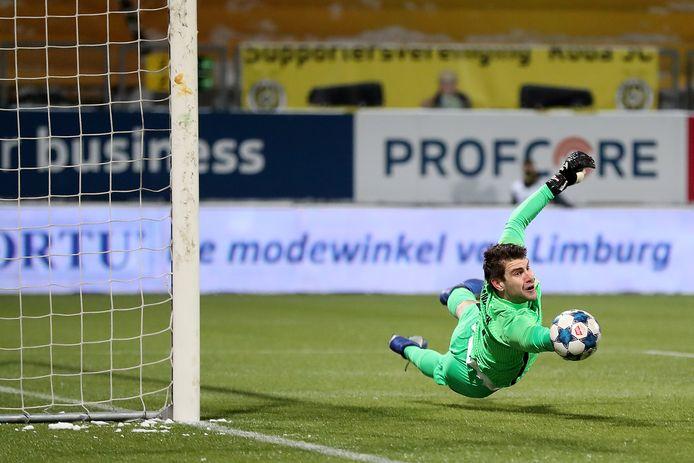 Maarten Paes maakt zijn rentree, afgelopen zondag bij Jong FC Utrecht tegen Roda JC.