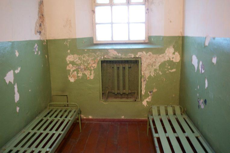 Standaardcel in de kelder van het KGB-hoofdkwartier in Vilnius, Litouwen. Tegenwoordig opengesteld voor bezoekers van het Genocidemuseum. Beeld null