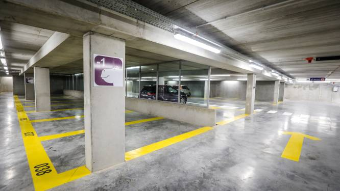"Ondergrondse parkings staan in laatste juliweek van 2021 voller dan dezelfde week in 2019: ""We kruipen uit diep dal"""
