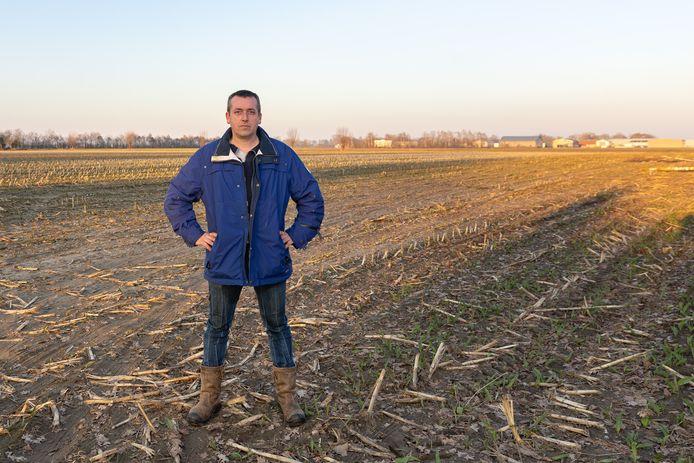 Henyo Nijdam is een van de initiatiefnemers van de petitie tegen het zonnepark in Blokzijl.