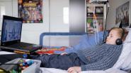 """Ilyan (8 jaar) gebruikt Bednet om schoollessen te volgen: """"Bednet is onmisbaar geworden"""""""