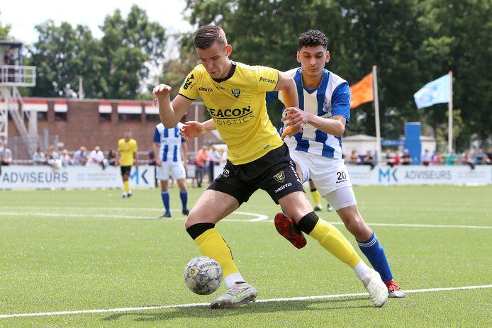Jessy Hendrikx speelde in de jeugd als verdediger, maar is inmiddels omgeturnd tot aanvaller.