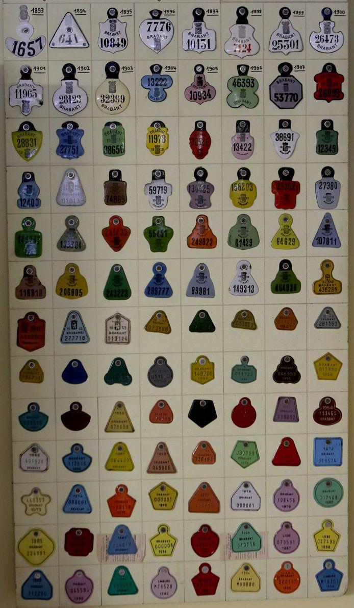 Fietsplaatjes van 1893 tot 1986 uit provincie Brabant
