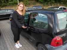 Autokrakers teisteren parkeerders op parkeerplaats Oude Stad